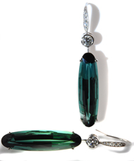 18kt white gold Diamond and Green Tourmaline earrings