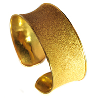 19kt SandTextured Finish Cuff Bracelet